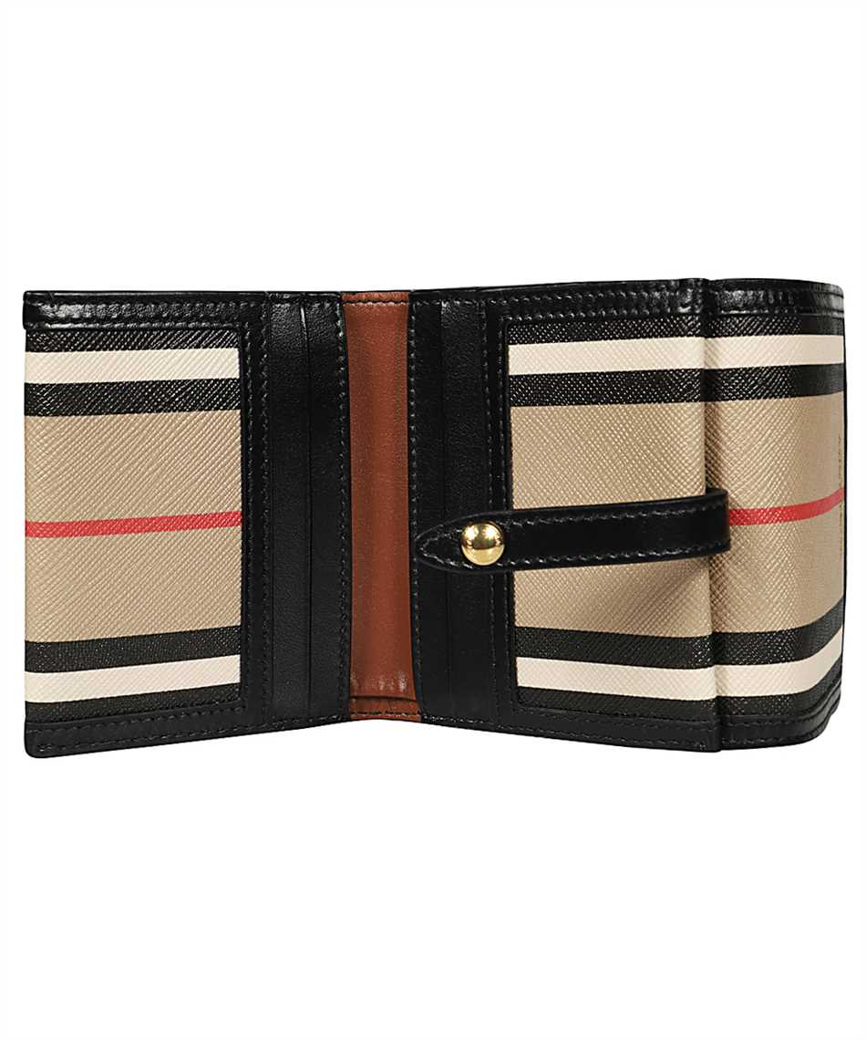 Burberry 8029619 Wallet 3