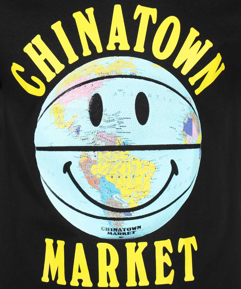 Chinatown Market 1990276 SMILEY GLOBE BALL Tričko 3