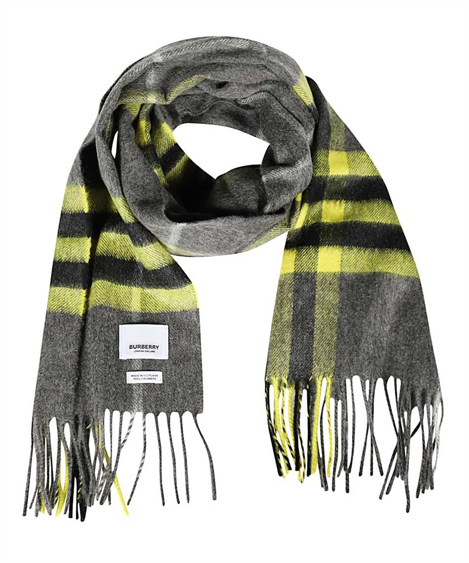Burberry 8033908 THE CLASSIC Scarf 1
