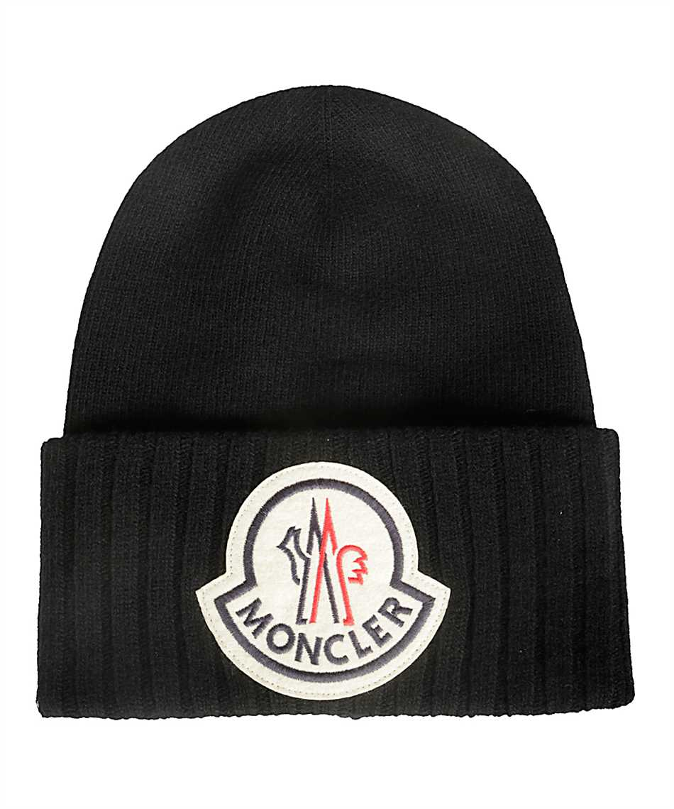 Moncler 99262.00 A9186 LOGO EMBROIDERED Beanie 1